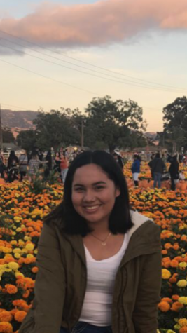"Senior Sarai Chagolla, a returning Link Leader said, ""Helping others and the freshman is why I re-joined Link Crew. It helps the freshman with their confidence, people skills, and feel more connected to one another."""